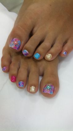 Toe Nail Art Designs 2015 - toe Nail Art Designs 2015 , 30 Fancy and Cool toe Nail Designs 2019 – Sheideas Fancy Nails, Love Nails, Pretty Nails, Sparkly Nails, Pretty Toes, Diy Nails, Pedicure Designs, Manicure E Pedicure, Cute Nail Art Designs
