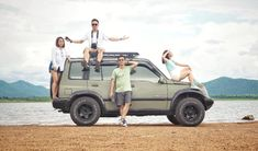VITARA THAILAND THAI STYLE #SUZUKI_SIDEKICK#adventure #suzuki #vitara #4x4 #fourwheel#mini#build #4x4life #offroad Expedition Car, Sidekick Suzuki, Suzuki Vitara 4x4, Mini Trucks, Thai Style, Military Army, Geo, Offroad, Cool Cars