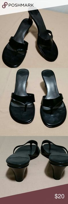 NINE WEST Black Sandals Size 6 1/2 Lovely black NINE WEST Sandals.  This pair of sanda k s are a size 6 12.  These NINE WEST Sandals are in excellent condition. Nine West Shoes Sandals