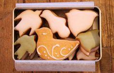 都会の真ん中にあるかわいいお店 菓子工房ルスルスの「鳥のかたちクッキー」 - ippin(イッピン)
