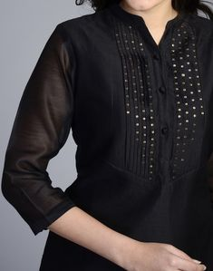 Ladies kurta designs new fashion for girls - Simple Craft Ideas Kurta Designs Women, Salwar Designs, Blouse Designs, Embroidery On Clothes, Kurti Embroidery, Kurta Patterns, Modele Hijab, Embroidery Neck Designs, Kurta Neck Design