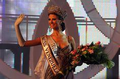 Miss Venezuela 2008 Stefanía Fernández