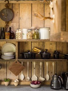 decordemon: Rough-luxe hideaway cabin in Cornwall, UK Rustic Kitchen, Country Kitchen, Kitchen Decor, Cabin Kitchens, Kitchen Shelves, Rustic Charm, Kitchen Countertops, Cozy House, Sweet Home