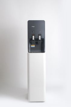 Collaboration with Shibata Fumie Id Design, Design Trends, Recycling Machines, Drinking Fountain, Water Dispenser, Machine Design, Air Purifier, Industrial Design, Simple Designs