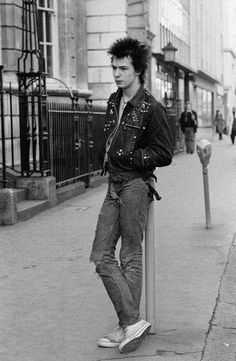 Sid Vicious, just a name. Inside, the inner child waiting to be. Love him.