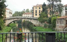 stunning pictures of northern Italy | Vicenza Italy photos and pictures - Ponte San Michele in Vicenza Italy