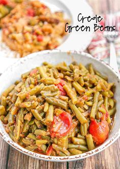 Creole Green Beans Recipe - transform canned green beans into something amazing! Green beans, bacon, onion, green pepper, brown sugar, mustard, stewed tomatoes, and Worcestershire sauce. SO good! I could make a meal out of these green beans! Great with chicken, pork, and beef. Ready in 20 minutes! #greenbeans #vegetable #sidedish #tomatoes Cajun Green Beans Recipe, Green Bean Recipes, Green Beans And Tomatoes, Stewed Tomatoes, Baked Chicken Cordon Bleu, Whole Food Recipes, Dinner Recipes, Corn Recipes, Dirty Rice