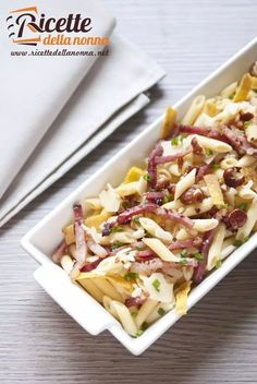 Chicken Penne Pasta with Bacon and Spinach in Creamy Tomato Sauce Chicken Penne Pasta, Bacon Pasta, Creamy Tomato Sauce, Italian Pasta, Delicious Dinner Recipes, How To Cook Pasta, Pasta Dishes, Pasta Salad, Food And Drink