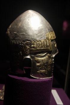 GetaiGold Armor - Romanian History and Culture Thracian helmet