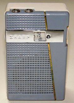 Vintage Sharp Model 528 Radio, Made in Japan. Pocket Radio, Retro Clock, Audio, Antique Radio, Transistor Radio, Record Players, Vintage Tv, Ham Radio, Old Tv