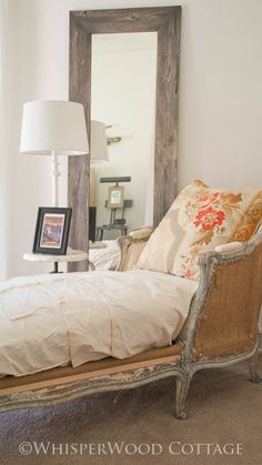 Shabby chic lounge on pinterest cigar lounge decor for Chaise guest house
