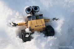 Snow Wall-E Angel