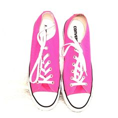 e77d0accfa8450 24 Best Pink Converse Outfits images