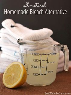 DIY: All-natural Homemade Bleach Alternative Super simple recipe for homemade bleach alternative recipe that uses all natural ingredients found in your home. The best part – it costs less than store-bought and works great! Homemade Cleaning Products, Natural Cleaning Products, Household Products, Household Tips, Natural Products, Cleaners Homemade, Diy Cleaners, Household Cleaners, House Cleaners