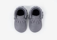 TRADITIONAL MOCCASINS Amy & Ivor Traditional Moccasins for babies and toddlers are unique, stylish and very practical. A modern and simple, well fitting and foot shaped design based on the design of a traditional moccasin…