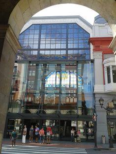 Entrada del Mercado de la Ribera, Bilbao