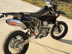 2007 Yoshimura full exhaust, FCR flat slide carb, braided brake lines… Drz400 Supermoto, Off Road Bikes, Pit Bike, Dual Sport, Motorbikes, Motors, Addiction, Wicked, Motorcycles