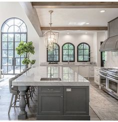 29 Unexposed Secret of House Design Interior Kitchen Layout Farmhouse Style Kitchen, Home Decor Kitchen, Kitchen Interior, New Kitchen, Home Interior Design, Design Kitchen, Country Kitchen, Beautiful Kitchens, Cool Kitchens