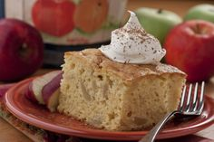 All of us apple lovers owe Johnny Appleseed a big thanks for his delicious deeds, and our Johnny Appleseed Cake is a great way to enjoy that tasty and nutritious fruit. Homemade Desserts, Easy Desserts, Delicious Desserts, Cake Mix Recipes, Dessert Recipes, Cake Mixes, Yummy Recipes, Flan, Recipes