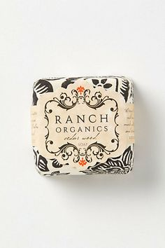 simple design for hand soap wrappers etc Ranch Organics soap (packaging design) Cosmetic Packaging, Brand Packaging, Packaging Ideas, Organic Packaging, Tea Packaging, Beauty Packaging, Product Packaging, Packaging Design Inspiration, Graphic Design Inspiration