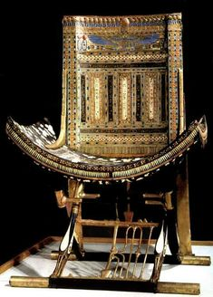 One of Tutankhamun's throne.  +++ ANCIENT EGYPT KNEW/INVENTED THE CHAIRS, NOT THE WHEEL (AND PAID DEARLY)