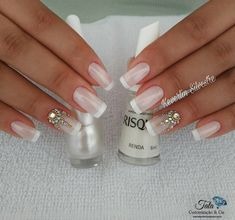 Learn How to Make Nails with Strass the best way! Definitive Guide - Decoration and Fashion Bridal Nails Designs, Fall Nail Art Designs, Toe Nail Designs, Beautiful Nail Designs, Nail Art Rhinestones, Rhinestone Nails, Bling Nails, Red Nails, Shellac Nails