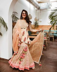 Top 9 Dussehra Outfits Inspirations That Are Trending in 2019 - maayera jaipur sharara set Indian Gowns, Indian Attire, Pakistani Dresses, Indian Wear, Pakistani Clothing, Bollywood Dress, Pakistani Suits, Pakistani Bridal, Anarkali Suits