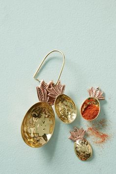 Slide View: 1: Brass Pineapple Measuring Spoons ~ETS #kitchen