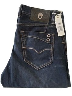 diesel jeans - Buscar con Google Denim Jacket Men, Denim Pants, Ripped Jeans, Men's Jeans, Diy Jeans, Diesel Jeans, Jean Diy, Surf Wear, Vintage Denim