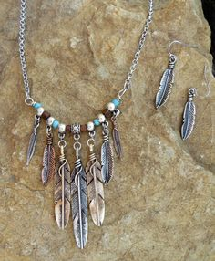 nice Cowgirl Necklace set Tribal Native FEATHER Turquoise Southwestern Gypsy