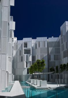 #jeannouvel #ibiza Luxury apartments with private terrace close to the marina and beach http://www.lucasfox.com/Buy-property/Spain/ibiza/ibiza_town/Apartment/LFB311B.html