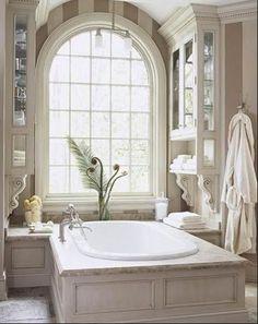Soaking In Luxury: Trends in Master Bathroom Design