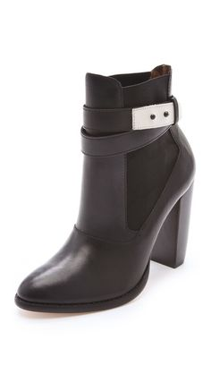 At the top of my christmas list: Elizabeth and James Solar Booties