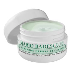 Discover Hyaluronic Day Cream by Mario Badescu at MECCA. A best-selling moisture cream that contains a blend of powerhouse ingredients to lock in hydration and smooth dry skin. Avon Products, Best Face Products, Beauty Products, Beauty Tips, Beauty Hacks, Beauty Bar, Beauty Stuff, Beauty Ideas, Beauty Secrets