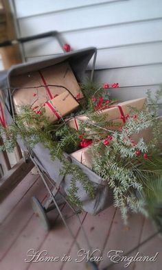 Cute idea!  Might change out the ribbon for strips of torn homespun...pile the gifts on my buggy bench or arrange on my old sled!