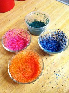 Wax paper crayon Sun-Catcher Wax Paper Crafts, Crayon Crafts, Crayon Art, Paper Crafts For Kids, Crafts To Do, Arts And Crafts, Children Crafts, Creative Activities, Craft Activities For Kids