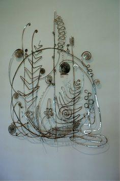 Calder : tête de lit faite pour Peggy Guggenheim en 1946, toujours dans sa chambre de son palazzo à Venise