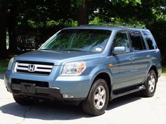 Car brand auctioned:Honda Pilot EX 4WD 4X4 HIGHWAY MILES! 2ND-OWNER! NO RESERVE 3RD ROW SEAT REAR AC CD-CHANGER SATELLITE XM RADIO KEYLESS ENTRY
