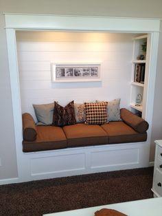 Built In Window Seat Example Materials Window Sills Built In Recessed Window Seat