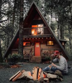 3 Ultimate Clever Ideas: Natural Home Decor Rustic House simple natural home decor.Natural Home Decor Living Room Couch natural home decor bedroom spaces.Natural Home Decor Rustic House. Modern Cabin Decor, Rustic Modern, A Frame House, Cabins And Cottages, Small Cabins, Small Log Homes, Tiny Log Cabins, Log Cabin Homes, Natural Home Decor