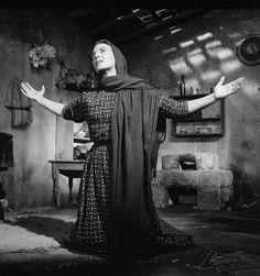 Manuel Álvarez Bravo, Still de la película Nazarín, dirigida por Luis Buñuel, México, 1958, de la colección División Fílmica