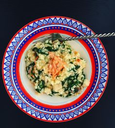 Tonight I used up some sad rocket and baby spinach through a creamy risotto and a salmon fillet was found in the freezer - perfect family food Low Carb Recipes, Whole Food Recipes, Cooking Recipes, Healthy Recipes, One Pot Meals, Main Meals, My Favorite Food, Favorite Recipes, Holiday Recipes
