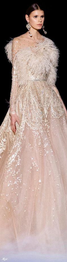 Spring 2021 Haute Couture Elie Saab Elite Fashion, Runway Fashion, Elie Saab Couture, Ellie Saab, Sculptural Fashion, Formal Dresses, Wedding Dresses, Dress Up, Play Dress
