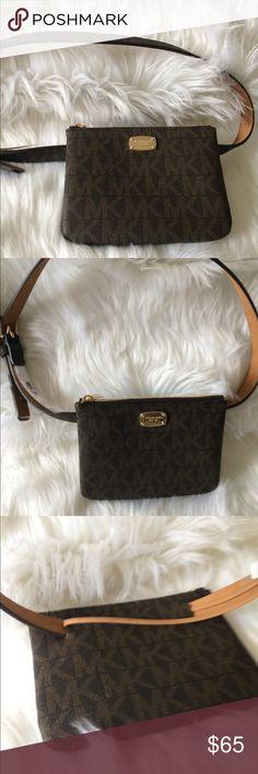 601ec8260532 NWT Michael Kors Brown belt bag NWT Michael Kors Brown belt bag great  little accessory Michael