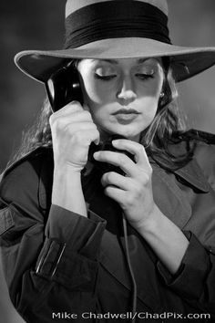 Film Noir [For Ooolie] Classic Film Noir, Classic Films, Rita Hayworth, Detective, Film Noir Photography, Madonna, Fritz Lang, I Love Cinema, Chiaroscuro