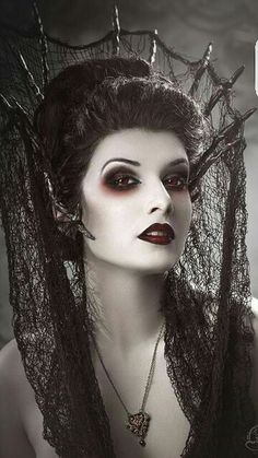 Magnificent Gothic Bride  love the whole thing