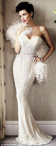 Dannii Minogue glamour bride style This is glamorous no matter when you would wear this dress! Bridal Gowns, Wedding Gowns, Dannii Minogue, Mode Glamour, Fru Fru, Evening Dresses, Formal Dresses, Mode Inspiration, Wedding Inspiration