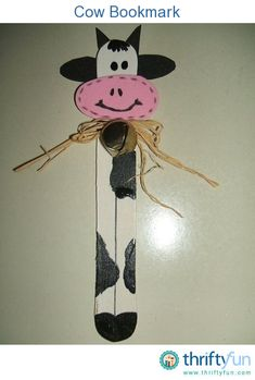 Help kids prepare for the new school year by making this quick and easy cow bookmark!