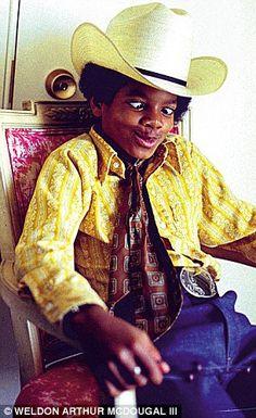 Michael Jackson pulling a face. ;]