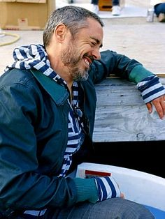 Robert Downey Jr: Never, will I ever, get tired of that laughing face Most Beautiful Man, Gorgeous Men, Beautiful Smile, Robert Downey Jr., Laughing Face, Book People, Happy People, Genuine Smile, I Robert